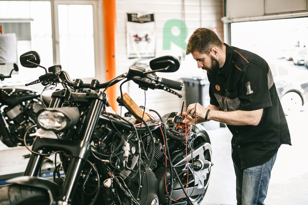 Advice for Beginners: How to Maintain a Motorcycle Battery