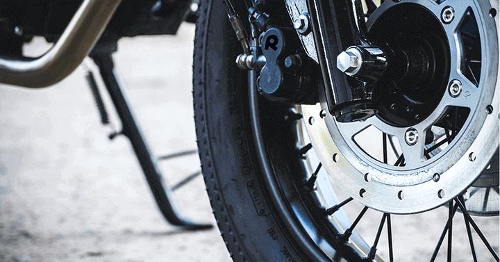 A Look at the 2015 Kawasaki Vulcan 900 Custom